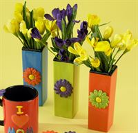 5097 Square Bud Vases with Daisy Bisquie