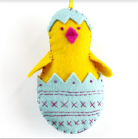 Chick in Egg Felt Craft Kit