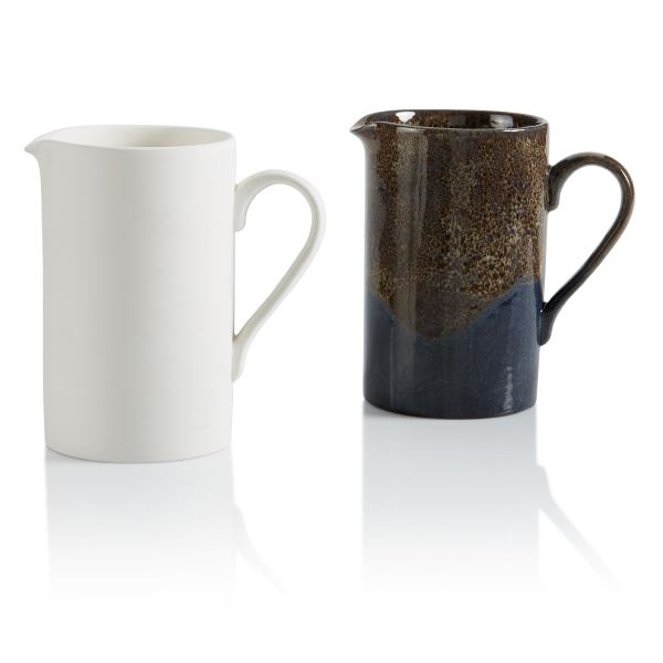 4196 Staright Sided Pitcher- Half Litre
